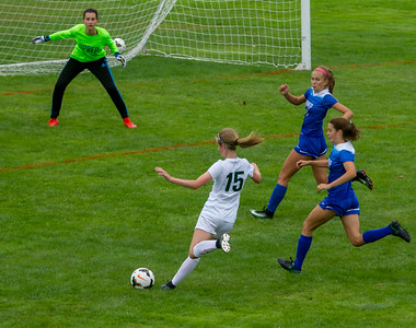 Set two: Girls Varsity Soccer v University Prep 09/09/2017
