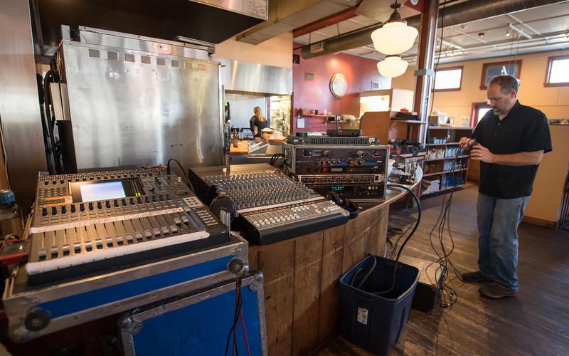 Vashon Community Care fundraiser 10-17-12 pre-show setup