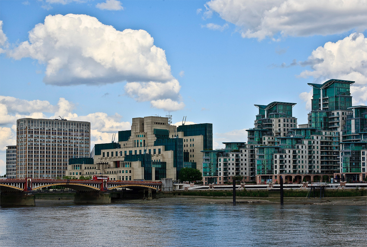 Vauxhall Bridge and the MI5 Building in South London