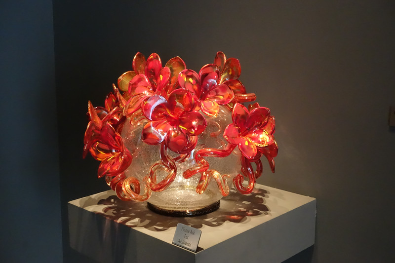 Chihuly gallery at crystals