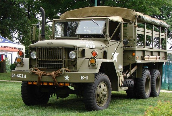 M35A2 (1971) 2.5 Ton Troop Transport - Honoring Sgt. Paul Blust WWII
