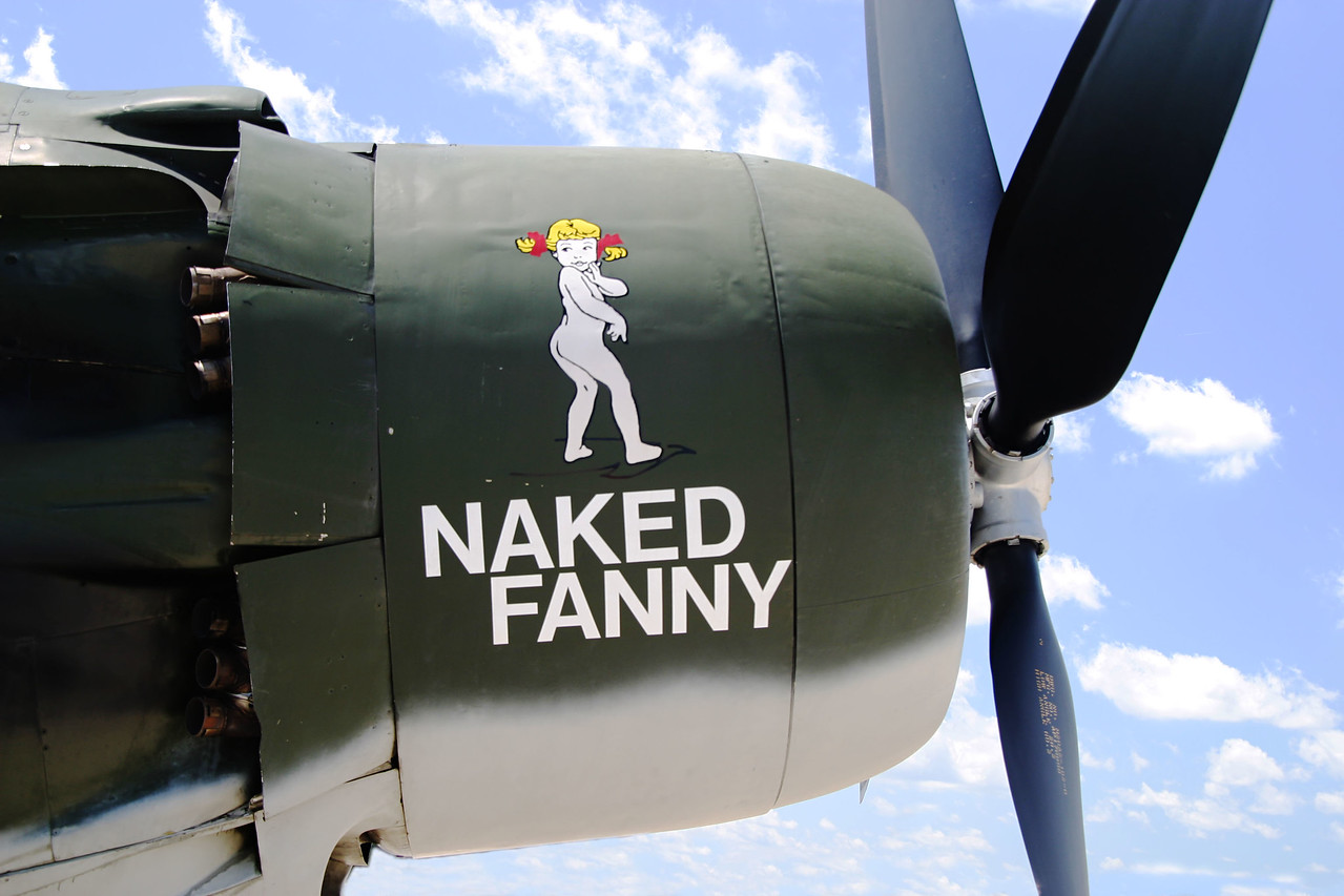 Naked Fanny edited