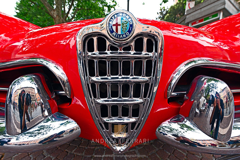 Historical car Alfa Romeo (1)