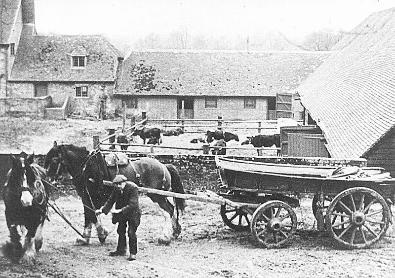 <font size=3><u> - Horse Drawn Farm Cart - </u></font> (BS0249)