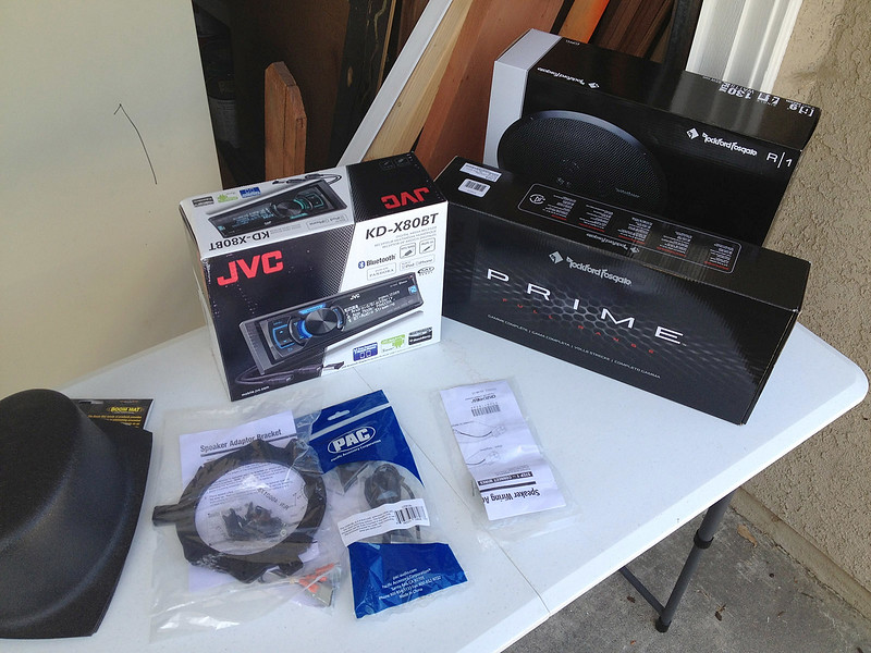 """Head unit:  JVC KD-X80BT<br /> Speakers:  Rockford Fosgate's. two 6x9 3-ways in the rear, two 5 1/2"""" two-ways in the door, two 1"""" tweeters in the A-pillar, and two 4"""" two-way speakers in the dash.   I also added woofer enclosures for the 6x9's in the rear."""