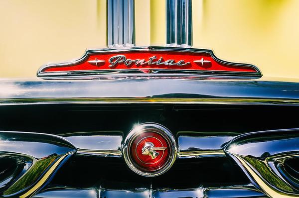 1953 Pontiac Grille