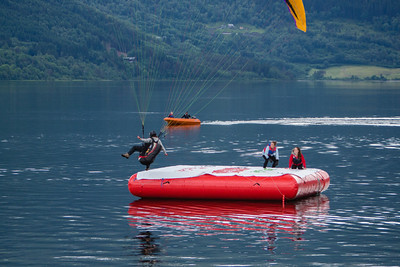 Precision Landing on Water (Madeleine Monstad)