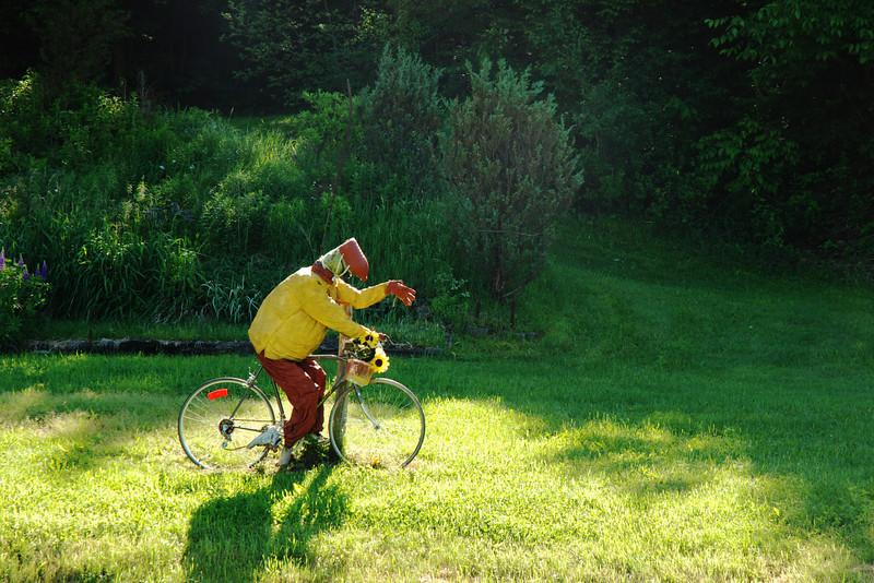 Cycliste épouventail - Route Verte #4 (Campagnarde)