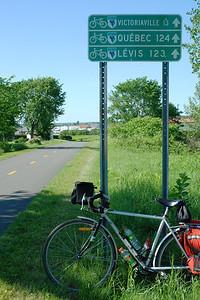 Panneau sur le parc linéaire des Bois-Francs- Route Verte #1
