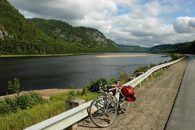 Kilomètre 98 - Rivière St-Maurice & route 155, Mauricie