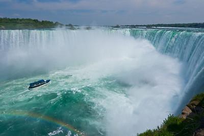 Maid of the Mist & Niagara Falls