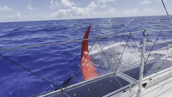 Day 14 - 18:00pm update - Wind dropped and Boris shows us the foils system