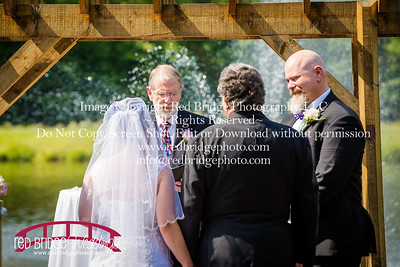 Summer-wedding-photography-of-Sarah-and-David-at-Bennett-Bunn-Plantation-with-bride-arriving-on-a-horse-44