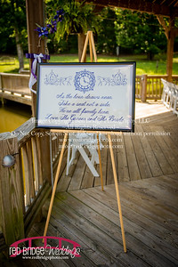 Summer-wedding-photography-of-Sarah-and-David-at-Bennett-Bunn-Plantation-with-bride-arriving-on-a-horse-1