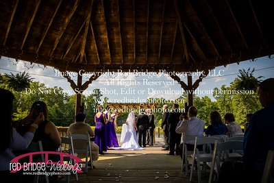 Summer-wedding-photography-of-Sarah-and-David-at-Bennett-Bunn-Plantation-with-bride-arriving-on-a-horse-45