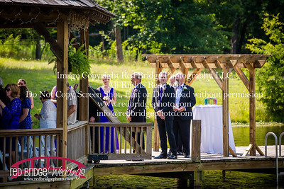Summer-wedding-photography-of-Sarah-and-David-at-Bennett-Bunn-Plantation-with-bride-arriving-on-a-horse-37