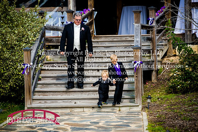 Summer-wedding-photography-of-Sarah-and-David-at-Bennett-Bunn-Plantation-with-bride-arriving-on-a-horse-9