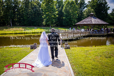 Summer-wedding-photography-of-Sarah-and-David-at-Bennett-Bunn-Plantation-with-bride-arriving-on-a-horse-26