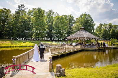 Summer-wedding-photography-of-Sarah-and-David-at-Bennett-Bunn-Plantation-with-bride-arriving-on-a-horse-30