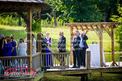 Summer-wedding-photography-of-Sarah-and-David-at-Bennett-Bunn-Plantation-with-bride-arriving-on-a-horse-38