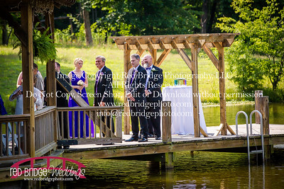 Summer-wedding-photography-of-Sarah-and-David-at-Bennett-Bunn-Plantation-with-bride-arriving-on-a-horse-35