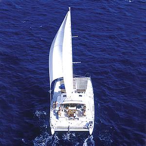 Ali'i Nui Sailing Charters