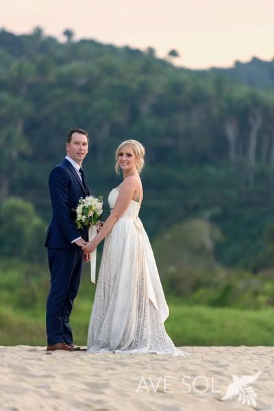 Victoria-Nick-4-Newlyweds-48