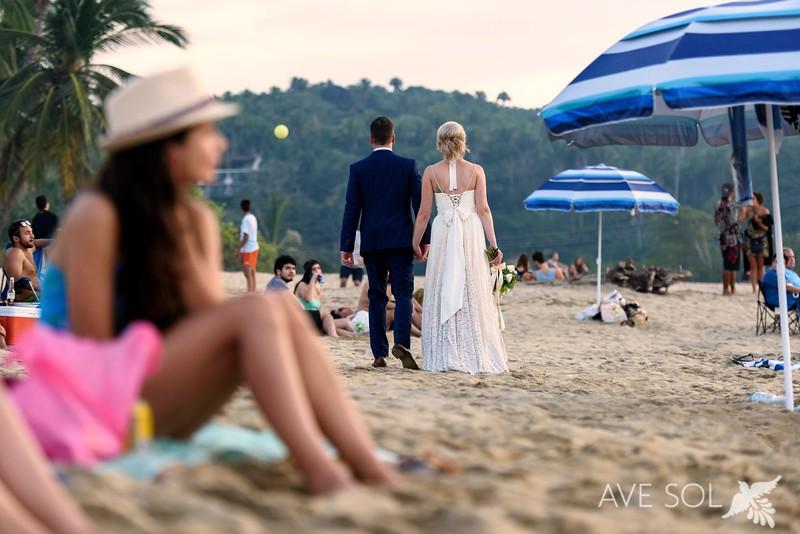 Victoria-Nick-4-Newlyweds-46