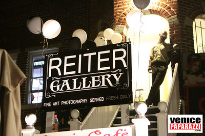 REITER GALLERY. 517 OCEAN FRONT WALK, VENICE, CA. 90291. (In the Gingerbread Court). http://www.reitergallery.com.  Mich Reiter.  Photo by Venice Paparazzi.  www.venicepaparazzi.com