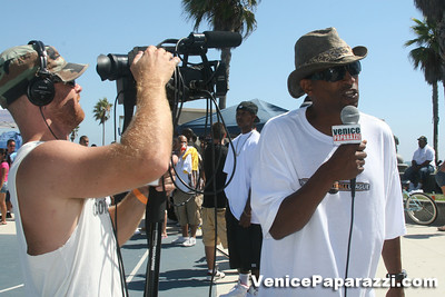 08 09 08  VBL   Venice Beach Basketball League   www veniceball com (52)