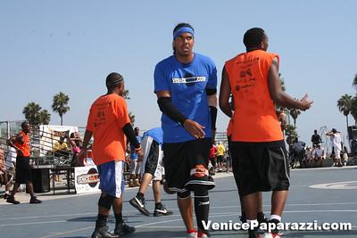 Venice Beach Basketball League   www veniceball com (42)