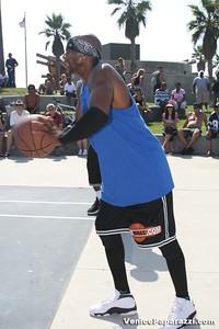 Venice Beach Basketball League   www veniceball com (44)