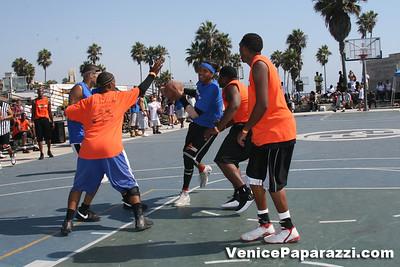Venice Beach Basketball League   www veniceball com (40)