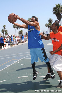 Venice Beach Basketball League   www veniceball com (45)