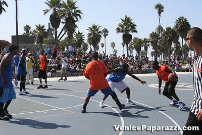 Venice Beach Basketball League   www veniceball com (30)