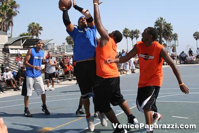 Venice Beach Basketball League   www veniceball com (41)