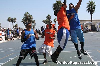 Venice Beach Basketball League   www veniceball com (37)