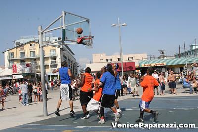 Venice Beach Basketball League   www veniceball com (52)