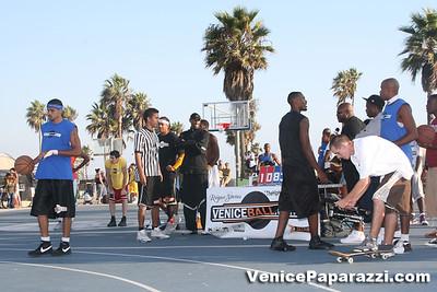 09 14 08 Venice Beach Basketball League Slamdunk and Finals   www veniceball com