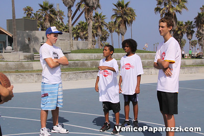 08 23 09 Venice Beach Basketball League   www veniceball com (1)