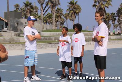 08 23 09 Venice Beach Basketball League   www veniceball com (1)
