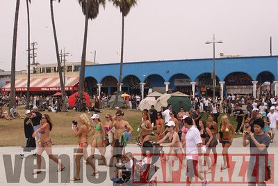 08 22 09  World's Largest Bikini Parade   Hosted by the Bad Girls Club and Oxygen  (30)