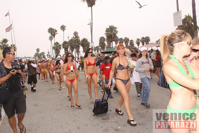 08 22 09  World's Largest Bikini Parade   Hosted by the Bad Girls Club and Oxygen  (26)