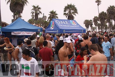08 22 09  World's Largest Bikini Parade   Hosted by the Bad Girls Club and Oxygen  (13)
