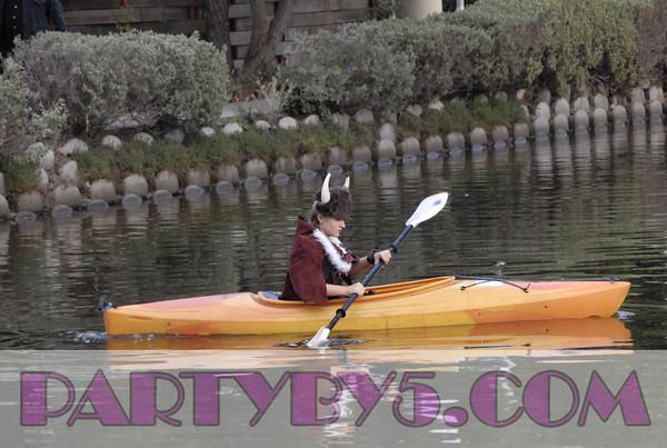 Venice-Canals-Dingy Parade