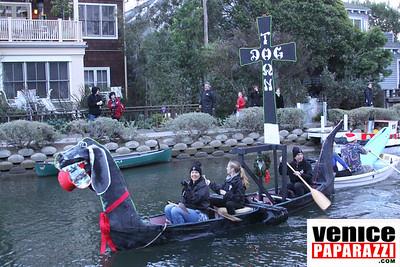 12 14 08  Venice Boat Parade   Photos by Venice Paparazzi (3)