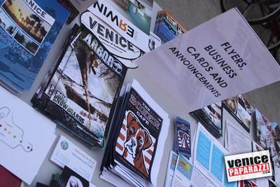 09 23 09 Venice Chamber of Commerce Mixer   Helen K  Garber  Dr  Stuart Garber of Natural Solutions   Whole Foods Market   Venice Beach Wines   venicechamber net  www drgarbers com   venicebeachwines com   wholefoods com (17)