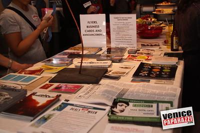 04 22 09  Venice Chamber of Commerce Mixer at Control Printing   www control-printing net   www venicechamber net   www venicepaparazzi com (18)