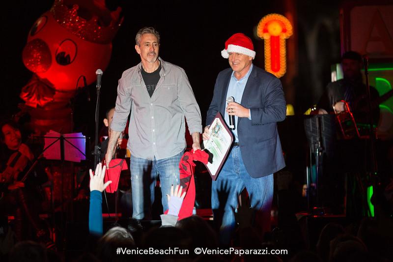 4th Venice Sign Holiday Lighting.  Dec 4, 2015. www.VeniceChamber.net.  © www.VenicePaparazzi.com