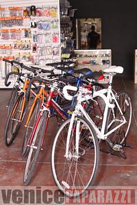 11 02 08  L A  Breakless   www labrakeless com    www lafixed com   Photos by Venice Paparazzi (27)